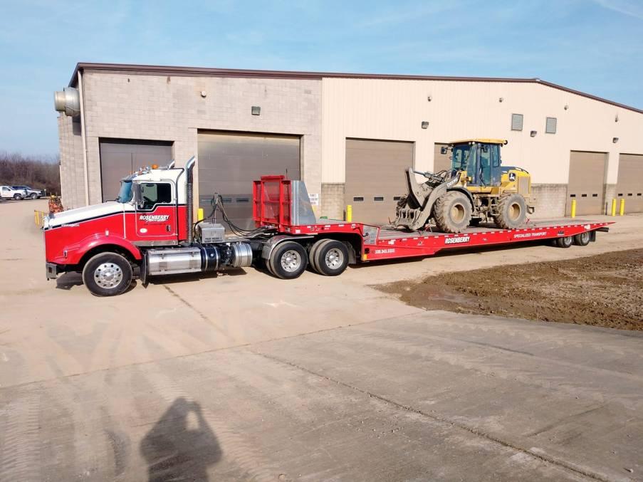 John deere loader haul